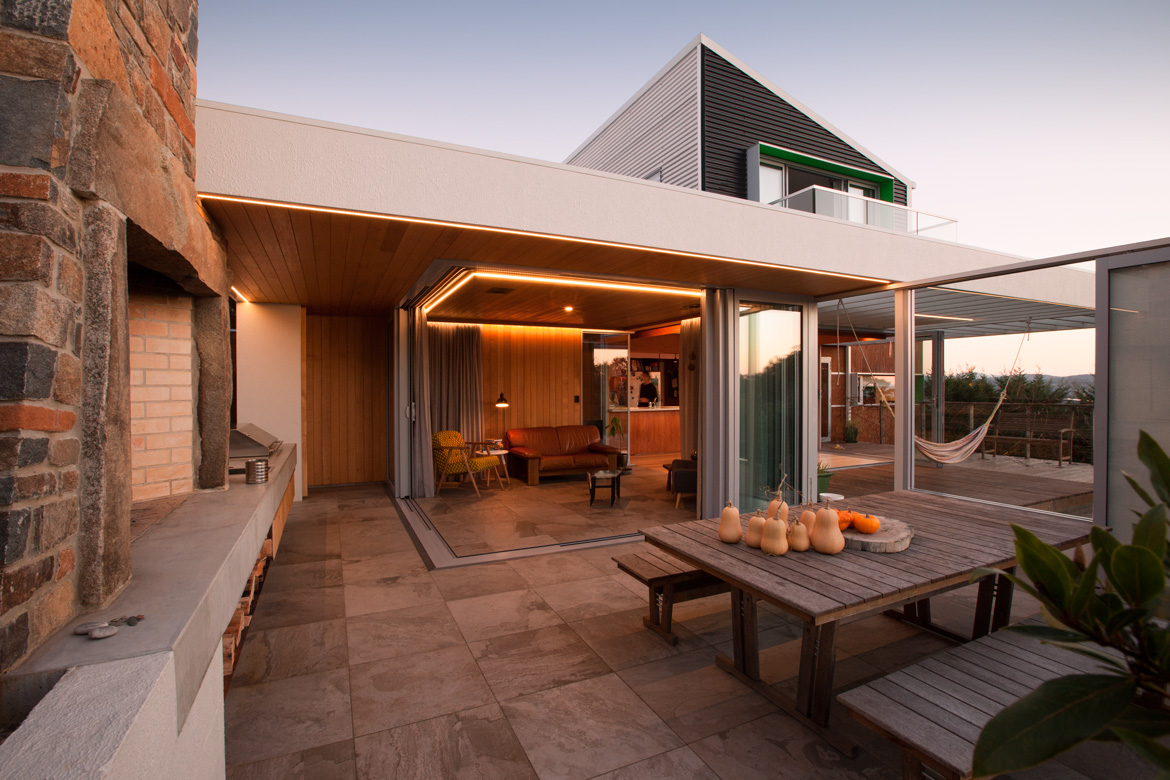 Projects philip m dingemanse architecture design pmd for Hilltop house designs